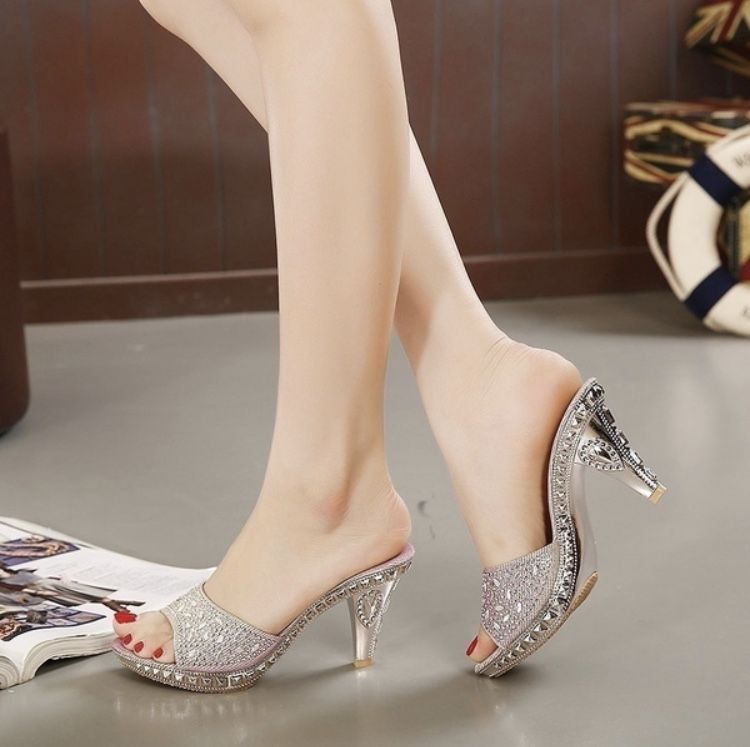 2bfa0729a32ed New Fashion Women Sandals Slippers Summer Buy Beach Party Casual Elegance  2018 Pink Black Diamonds High Heels Sexy Girl Shoes Gifts Girlfriend Wife  Lover ...