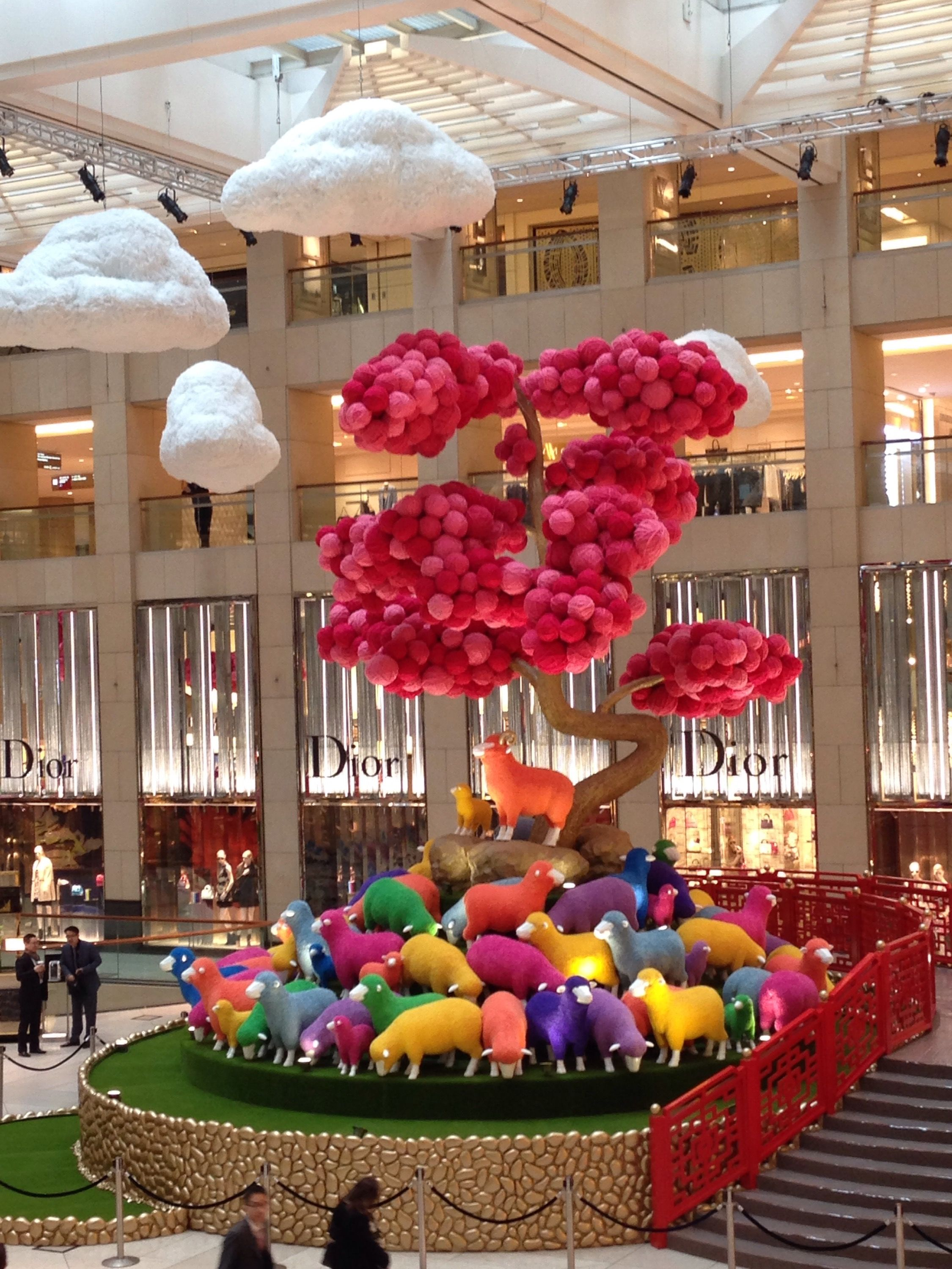 Landmark HK 1 | Chinese new year decorations, Mall decor ...