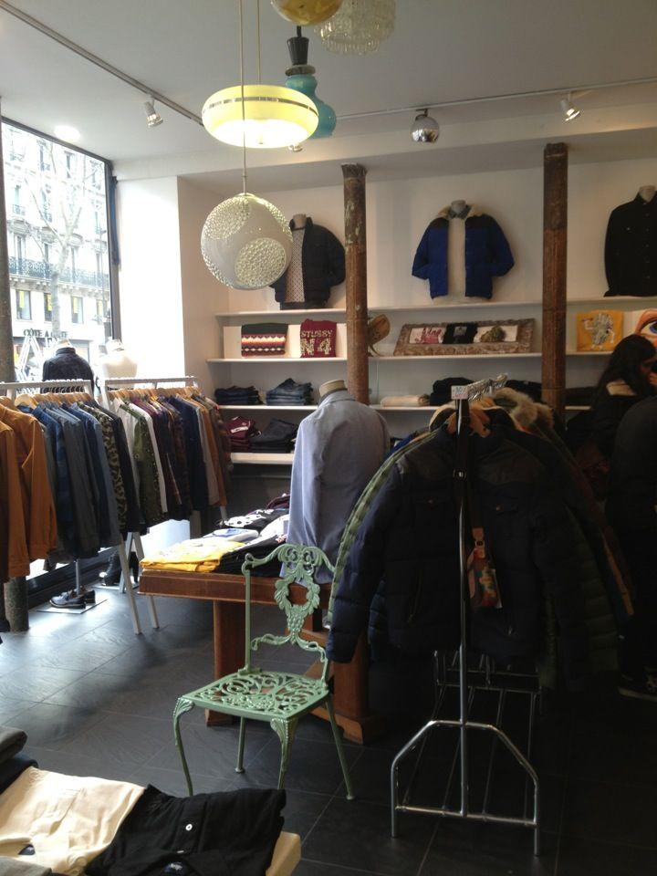 Le rocketship boutique café 13 bis rue henry monnier paris 9ème paris map pinterest