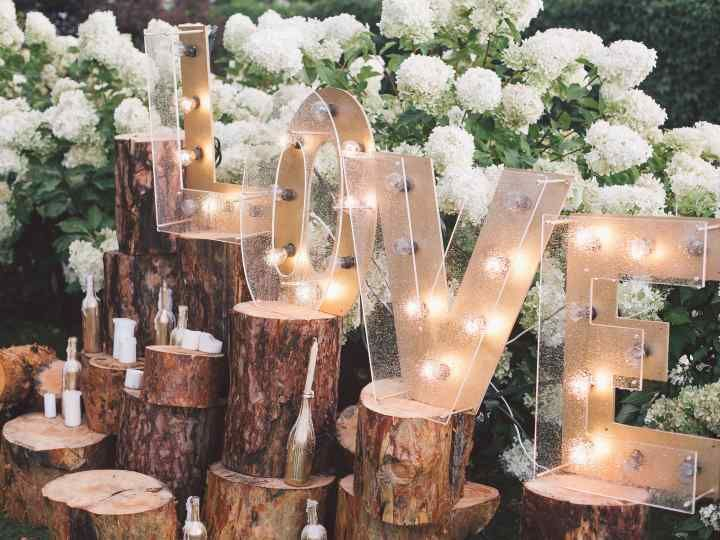 How to Plan an Engagement Party in 8 Easy Steps