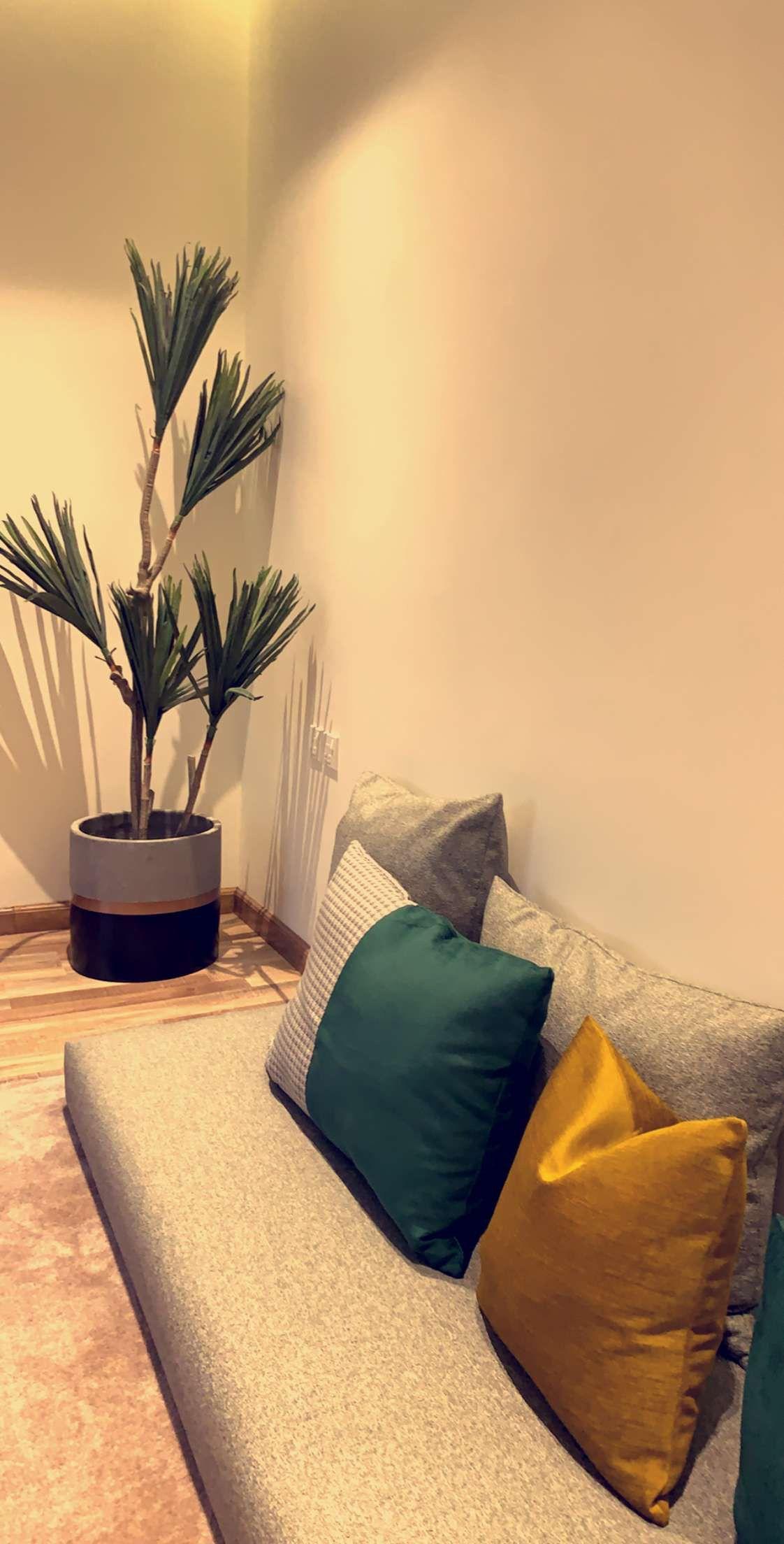 Pin By O U O Uo O On تصميم جلسه ارضيه Fatoom Interior Decor Home Living Room Table Decor Living Room Home Goods Decor