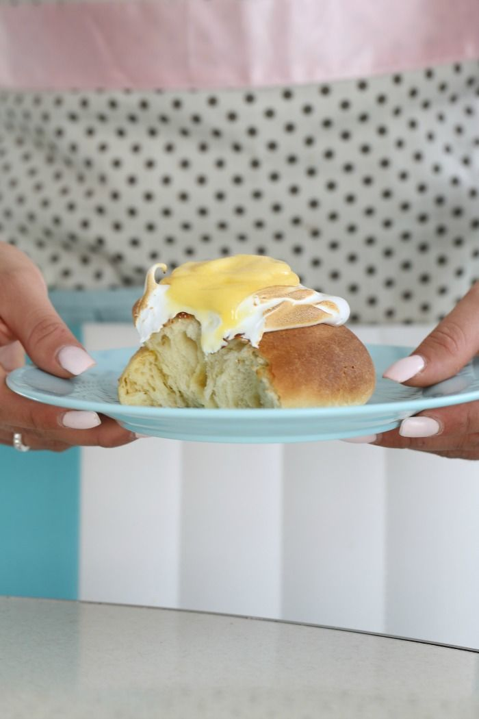 Lemon pie rolls