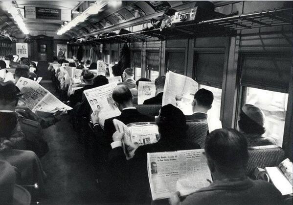 Vroeger had je geen mobieltjes..en communiceerden mensen op een andere manier;)