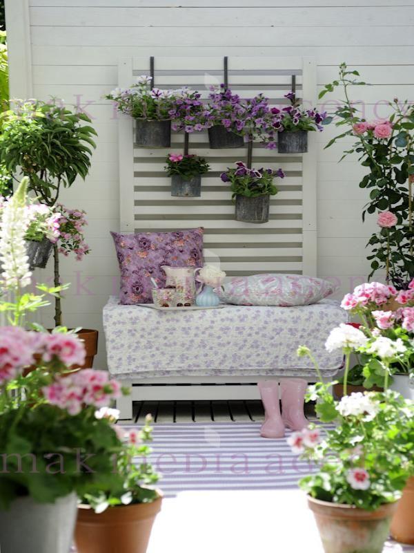 Biale Kwiaty Na Balkon Szukaj W Google Ide Berkebun Taman Indah Ide Dekorasi