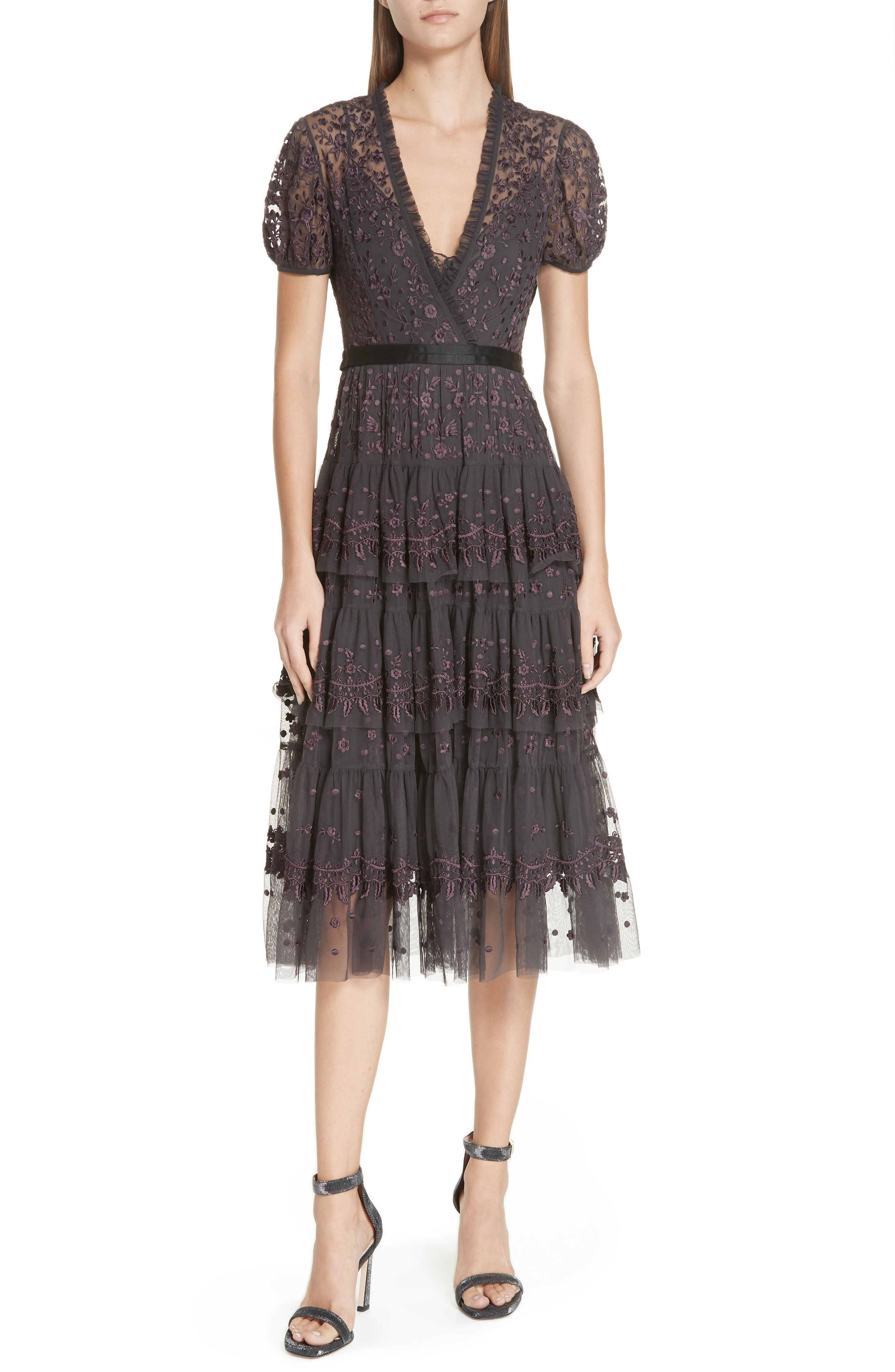29 Wedding Guest Outfit Options Meant To Stand Out Not Upstage Trendy Cocktail Dresses Dresses Lace Dress [ 4048 x 2640 Pixel ]