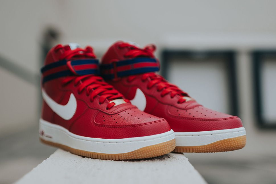 nike air force 1 hi hyperfuse premium red roses