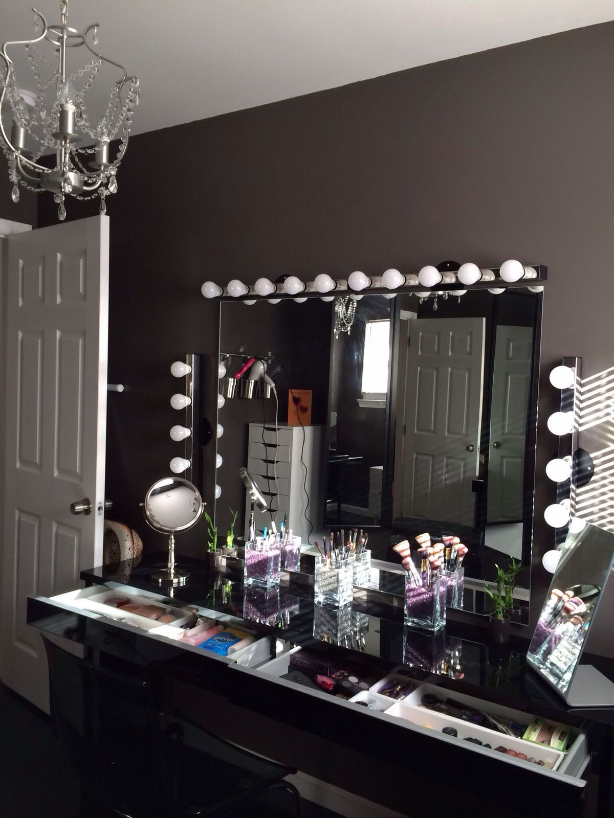 DOWNLOAD The Beauty Room LOOK BOOK For GLAM Home Décor And ...