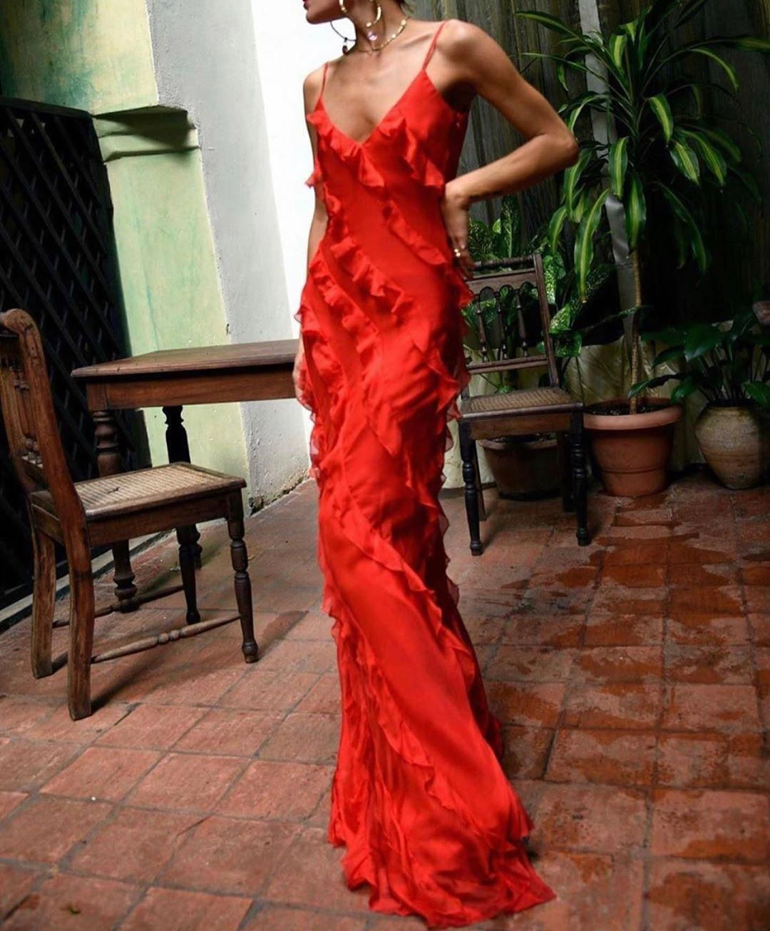 Find Out Where To Get The Dress Red Dress Maxi Fancy Dresses Event Dresses [ 1305 x 1080 Pixel ]
