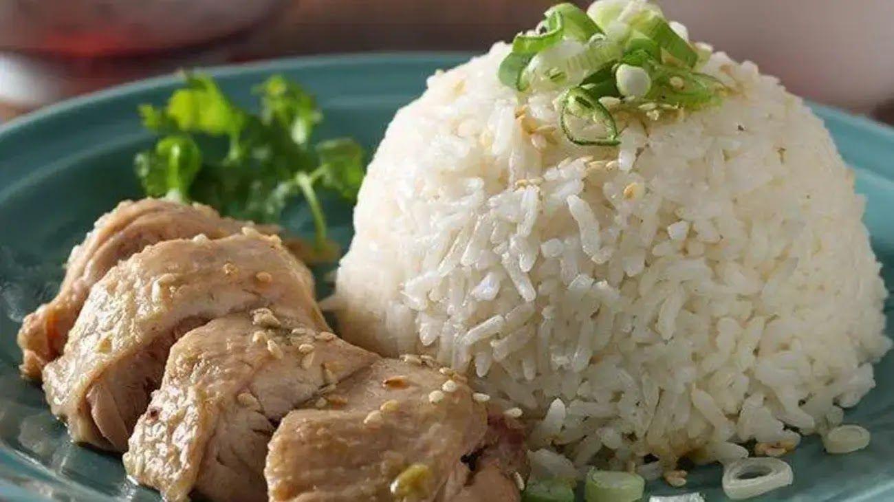 Resep Nasi Ayam Hainan Enak Gurih Dan Juicy Resep Makanan Makan Malam Tips Memasak