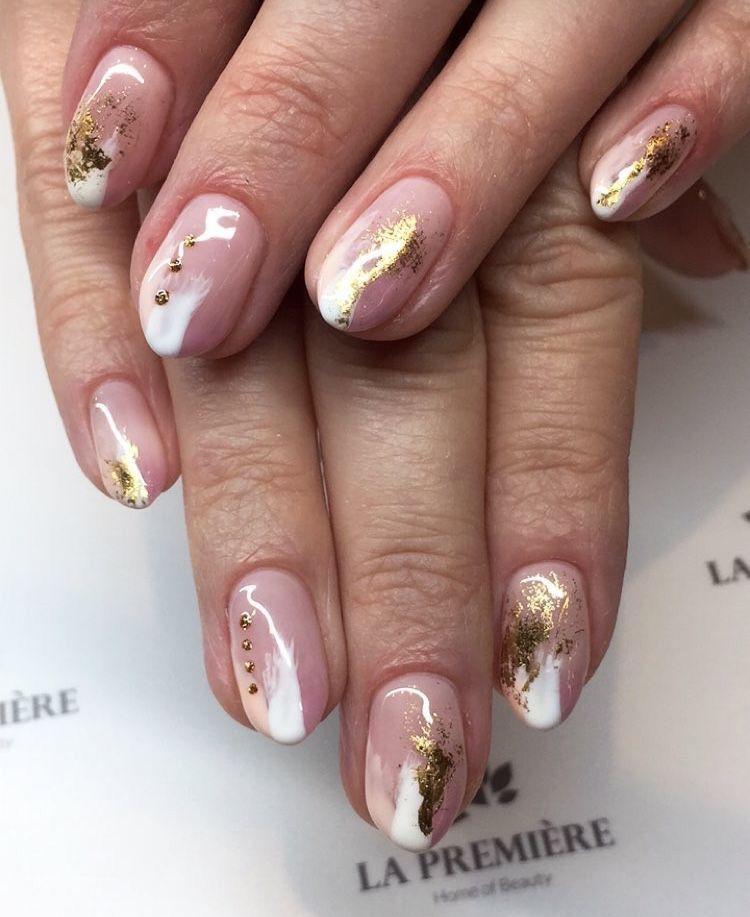 Pin by Ecemella on Nail Art   Ecemella in 2019   Gold nail ...