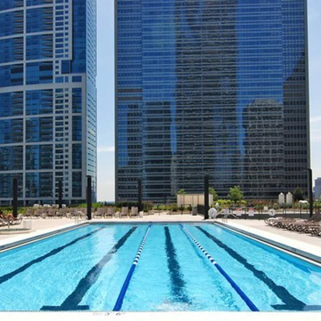 Take A Dip In These Top Swimming Pools in Chicago | Outdoor pool ...