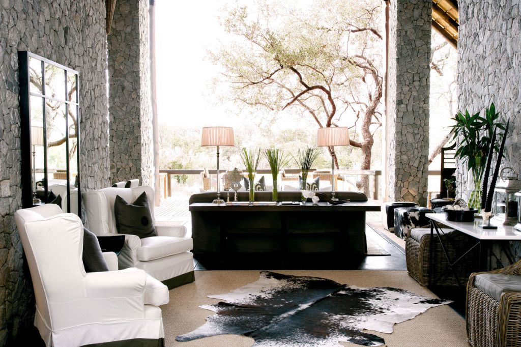 nature inpired livingrooms African Themed Living Rooms With Animal