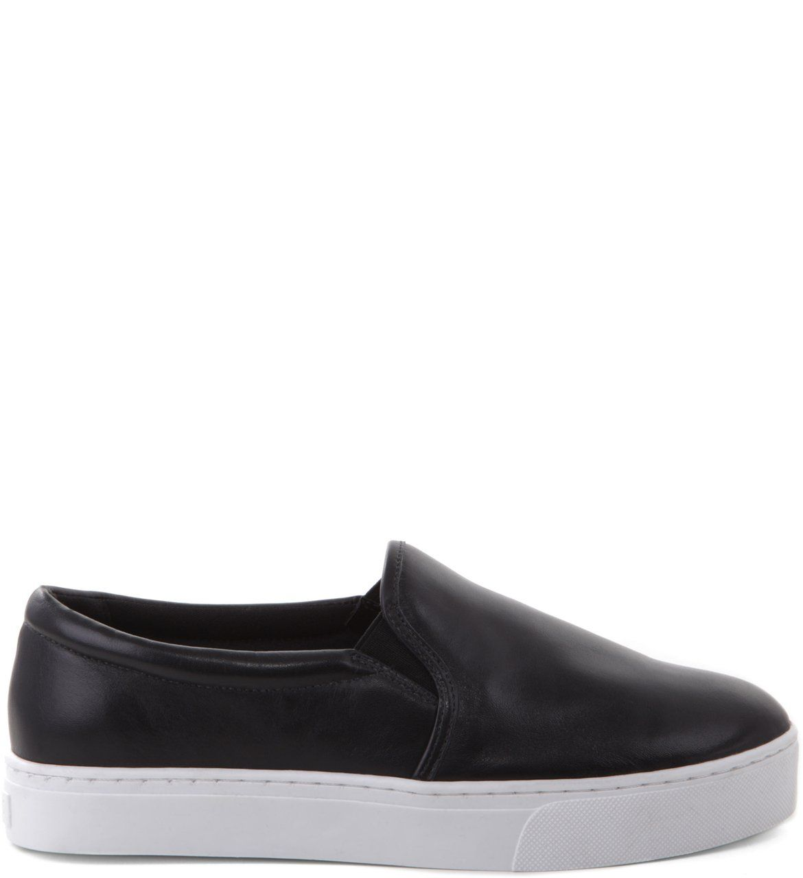 c628eefd4 Slip-on Couro Preto | SNEAKERS | Trainers, Shoes e Fashion