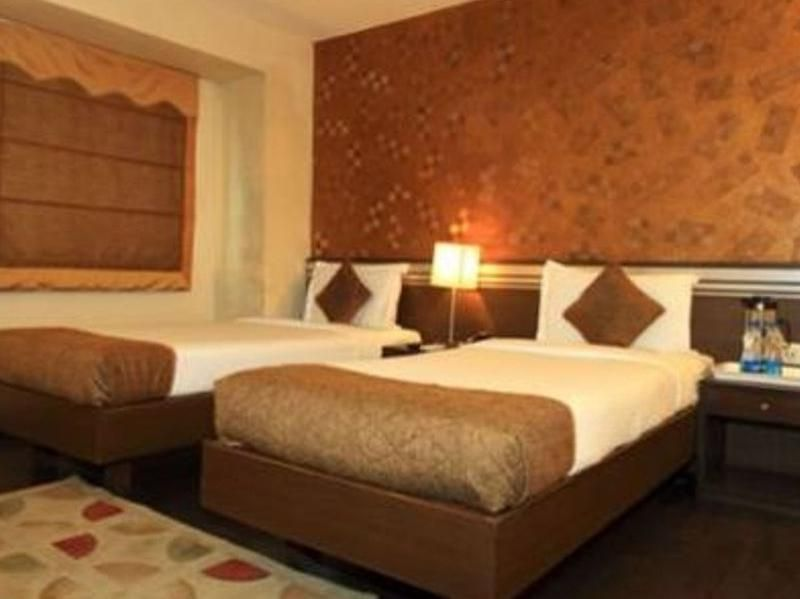 O2 VIP Hotel Kolkata, India