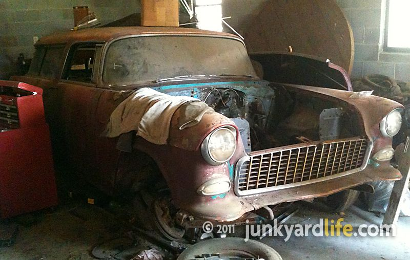 barn find pics | ... Barn finds, Hot rods and part news: 1955 Chevy Nomad barn find: A