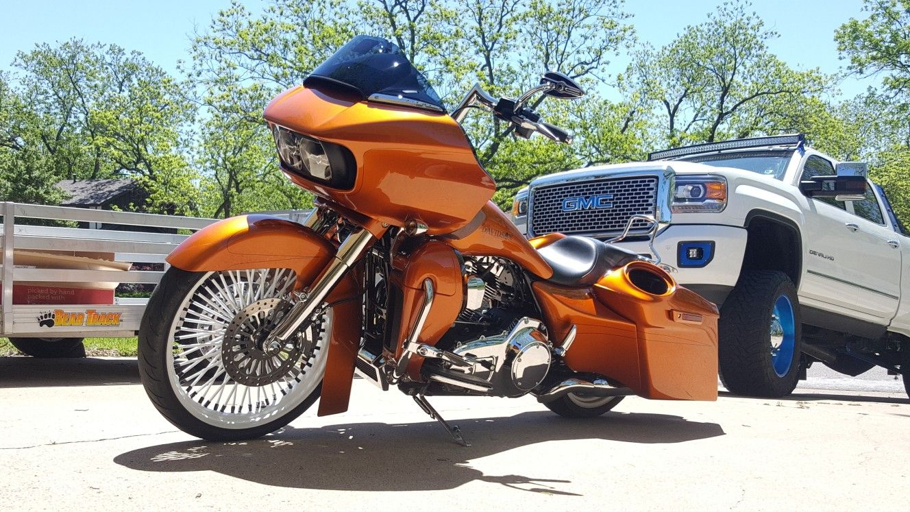 road glide motorcycle vehicles rolling stock cars motorbikes vehicle [ 1328 x 747 Pixel ]