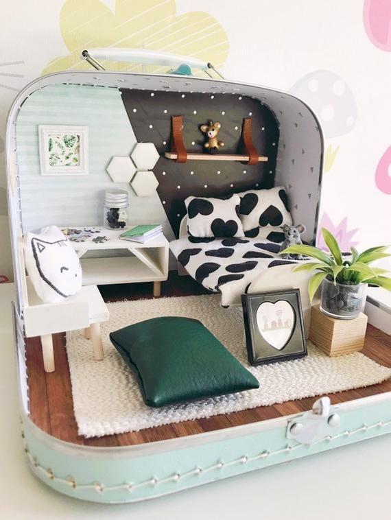 Miniature Traveldollhouse Modern #dollhouse