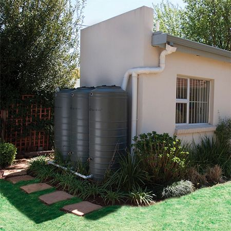how to clean my rainwater tank