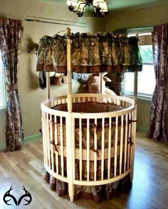 Camo Round Crib