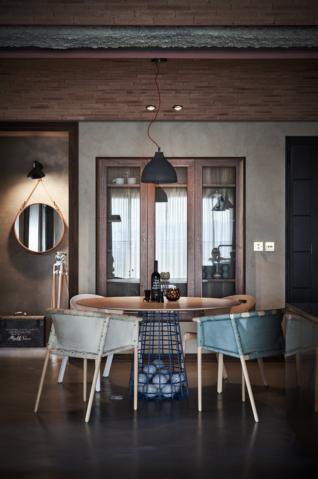 Photo 7 Of 15 In Vintage And Industrial Elements Combine In An Loft Interior Design Dining Room Design Modern Apartment Design