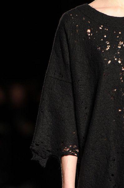 Uma Wang at Milan Fall 2014 (Details)