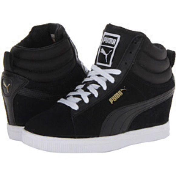 Puma Wedge Sneakers. Size 10 Black   White Puma Wedge Sneaker. Puma Shoes  Sneakers