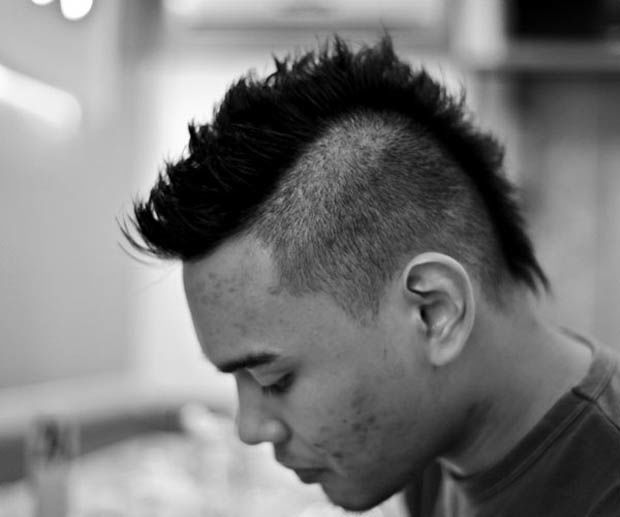 Men's mohawk haircut. http://beautyeditor.ca/2015/07/24/best-mens-haircut-for-thick-coarse-hair