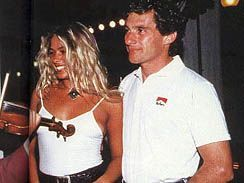 Ayrton e Adriane, Hungria - 1993. http://www.youtube.com/watch?v=xHujjRLxacY&feature=share&list=PLD5A06D83209A91C3