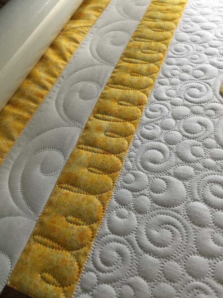 Lovely Alternating Height Loop Stitch Machine Quilting