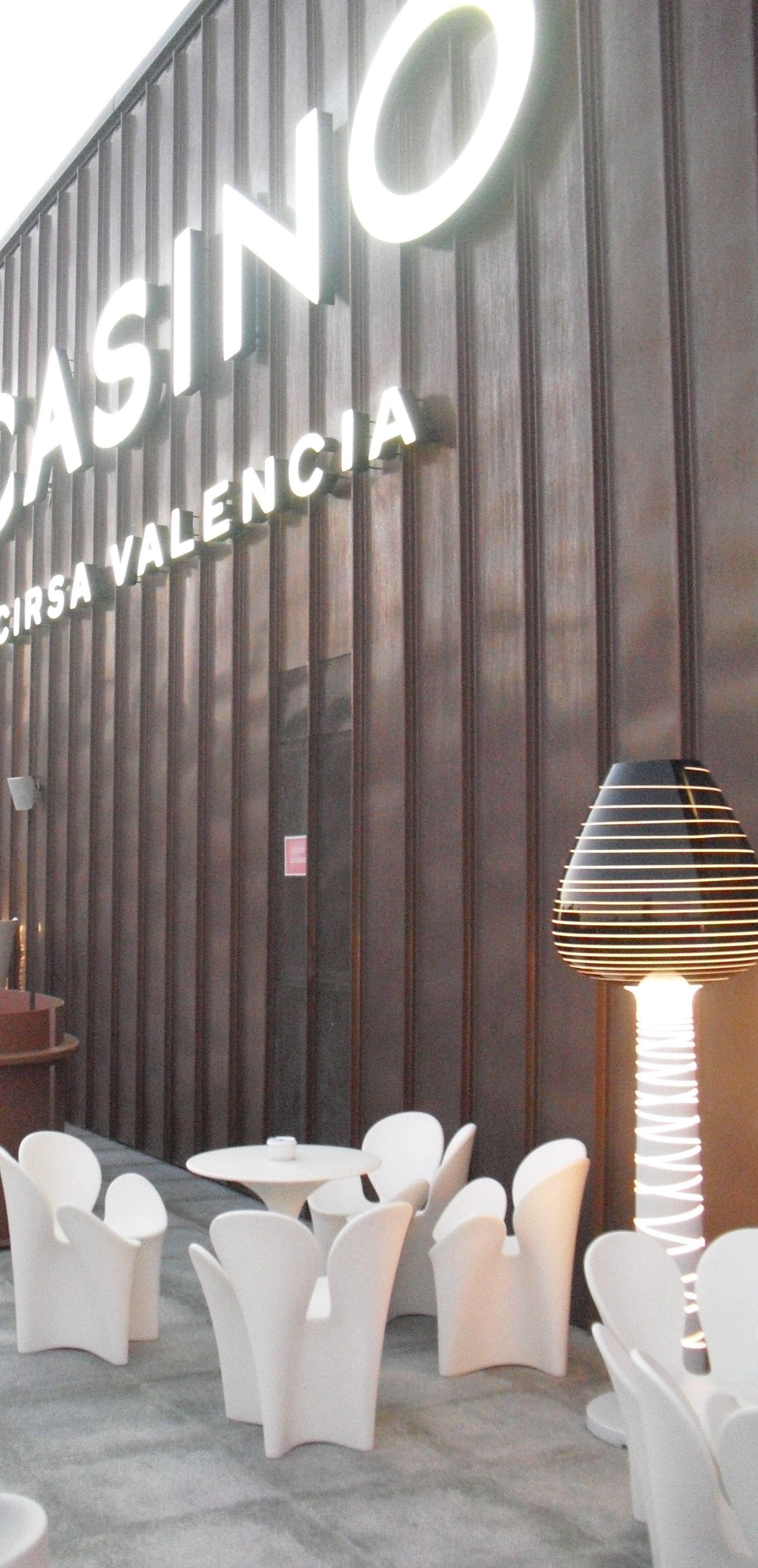 Terraza de día (Imagen de www.casinocirsavalencia.com/)