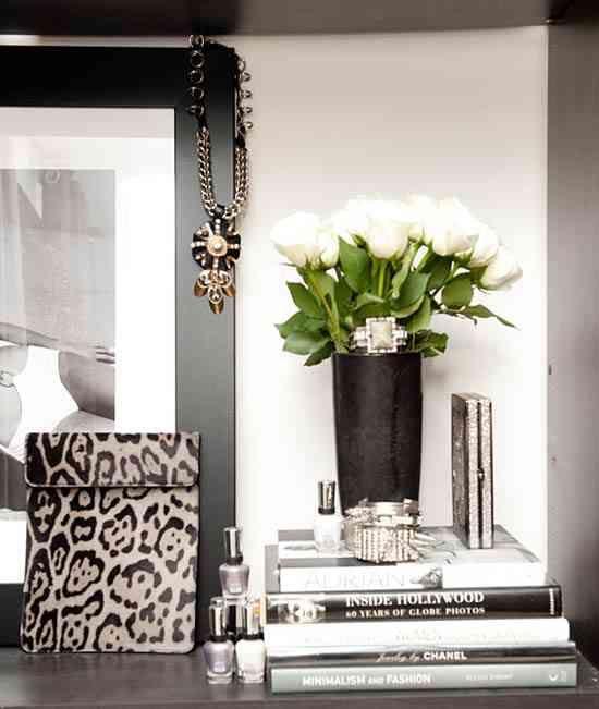 Leopard box, picture, vase etc.