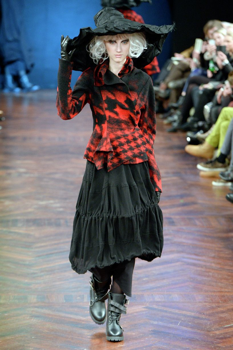 Love the skirt; : Ivan Grundahl AW14 : Copenhagen Fashion ...
