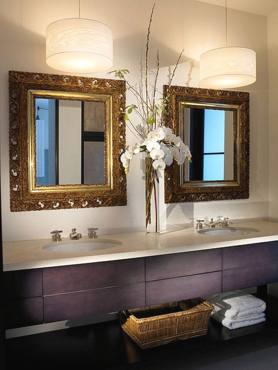 12 Awesome Bathroom Lighting Plans To Accent Your Bathroom In Your Cottage Delectable Bathroom With Charming Two Hanging Decoracao Banheiro Decoracao Casas