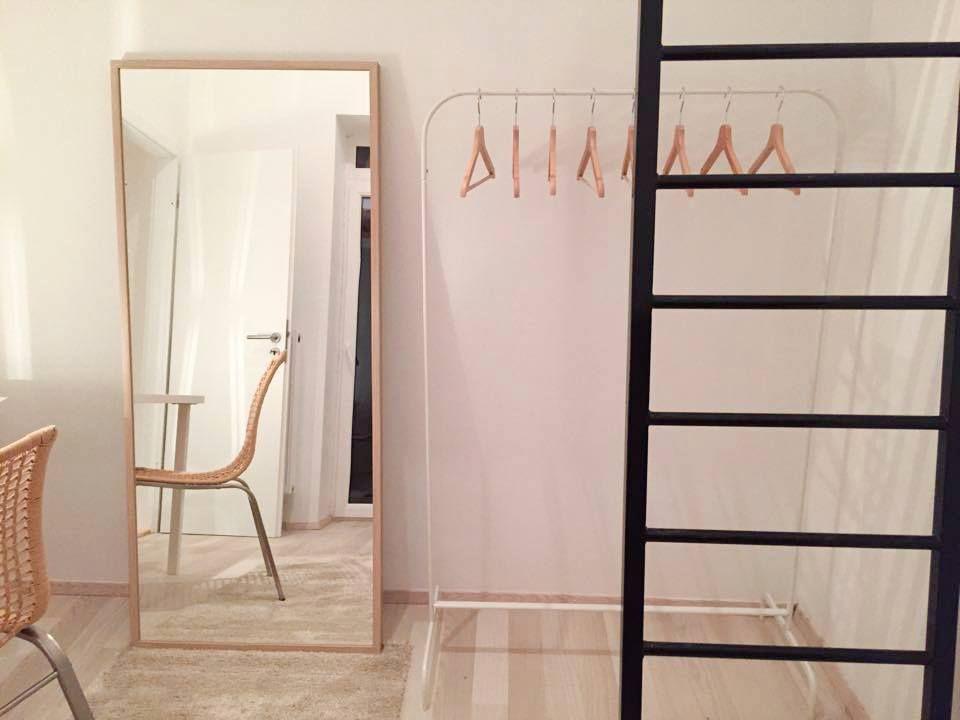 les 25 meilleures id es de la cat gorie mezzanine ikea sur pinterest lit mezzanine ikea. Black Bedroom Furniture Sets. Home Design Ideas
