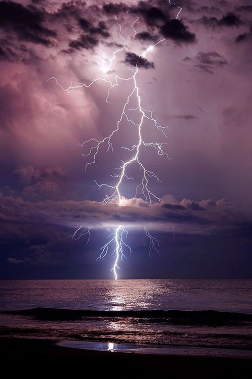 "earthyday: "" Towering Stike © Galen Burow """