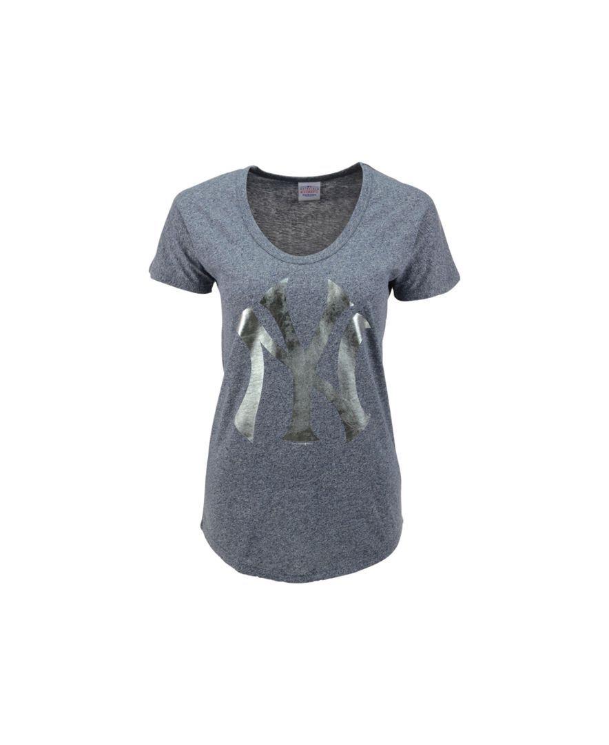 5th & Ocean Women's Short-Sleeve New York Yankees Scoop-Neck T-Shirt
