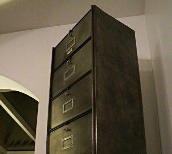 Comment r nover un casier industriel deco industriel renovation meuble meuble casier et - Renovation meuble industriel ...