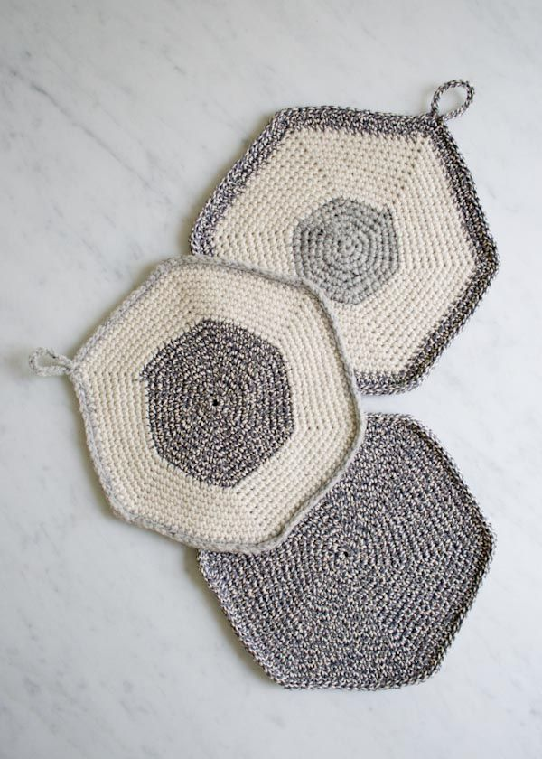 Beehive Knitting Wool Holder : Whit s knits crocheted set of three pot holders purl
