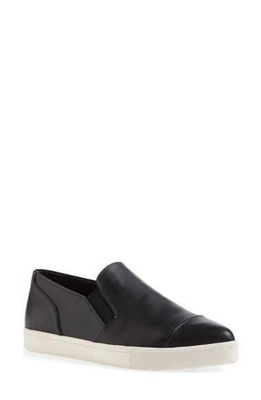 Vince 'Paeyre' Pointy Toe Slip-On
