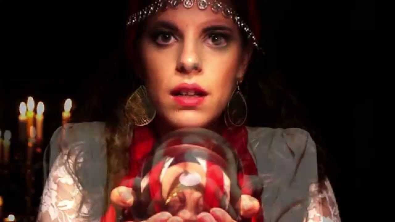 """Déjà Vu - Curt Metropolhis IX Primera peça transmedia de la serie """"Midas, rey"""""""
