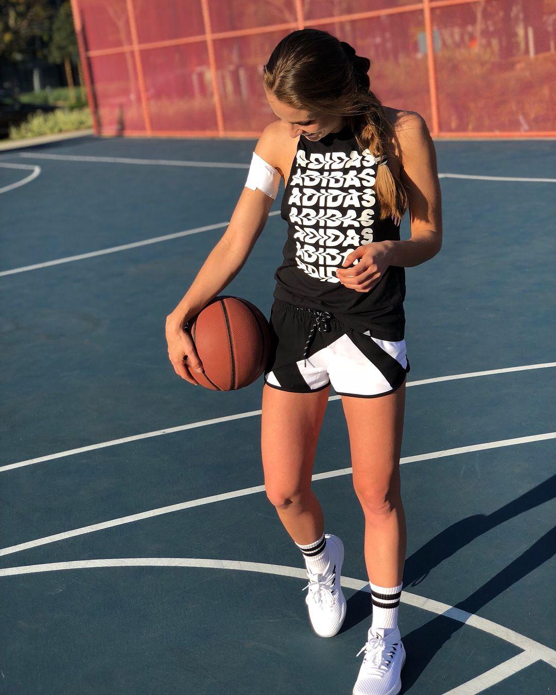 basquebol Instagram posts (photos and videos)