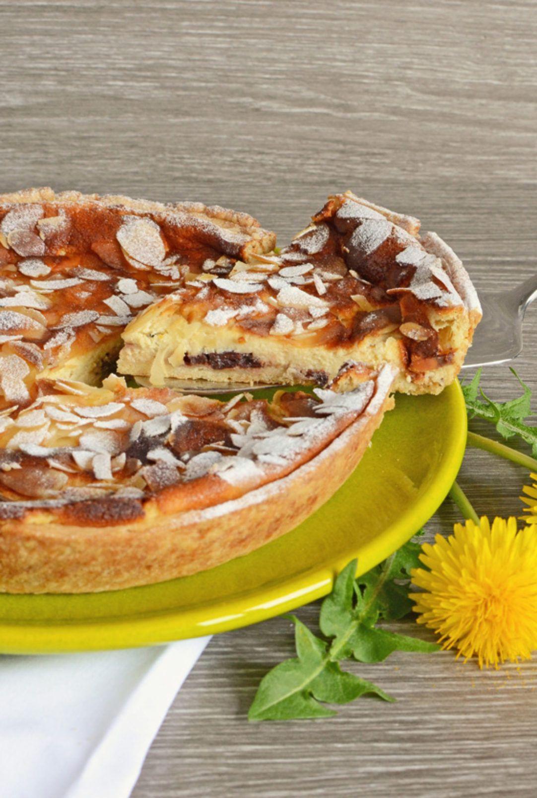 Ein Osterfladen gehört auf die Ostertafel wie der Osterhase ins Nestli. Diese schnelle Variante mit Quarkfüllung muss nicht vorgekocht werden und ist herrlich saftig. Perfekt zum Vorbereiten für ein Festessen ohne Stress.