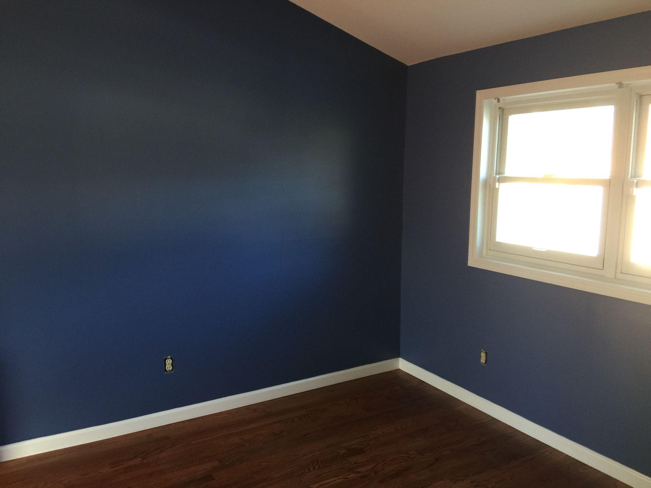 My house wednesday inspiration benjamin moore quot gentleman s gray - Color Benjamin Moore 825 Blue Nova