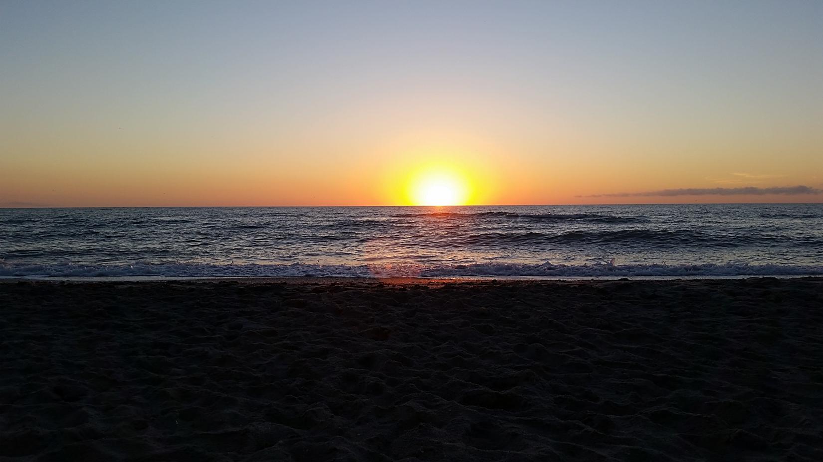 A sunset here on the beach on Manasota Key!   Pearl beach ...