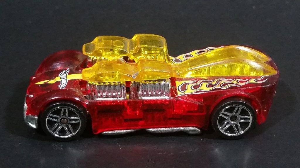 2005 hot wheels what42 translucent red w flames die