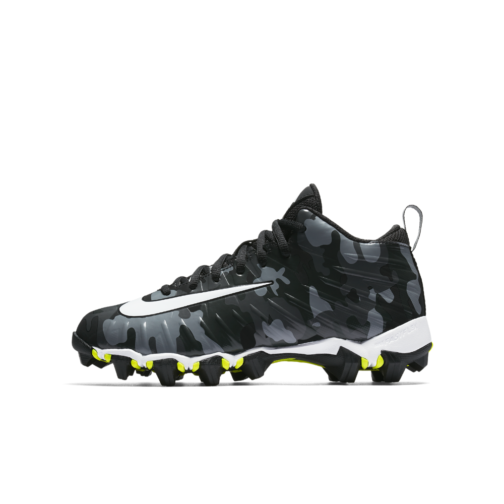 caa2a1a534e Nike Alpha Menace Shark Dangeruss Wilson Little Big Kids  Football Cleat  Size 4Y (Black)