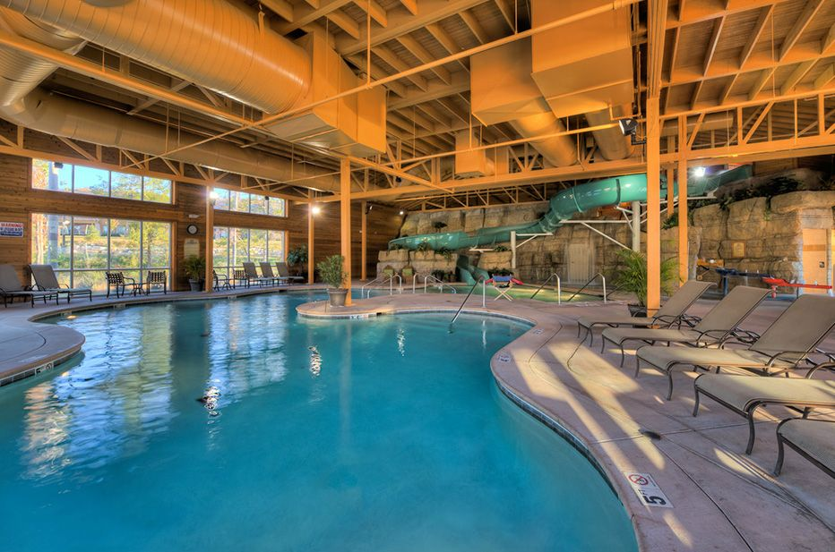 Branson 515total Holiday Hills Resort 2bdrm Indoor Pool And Game Room Cabin Rentals Home Indoor Pool