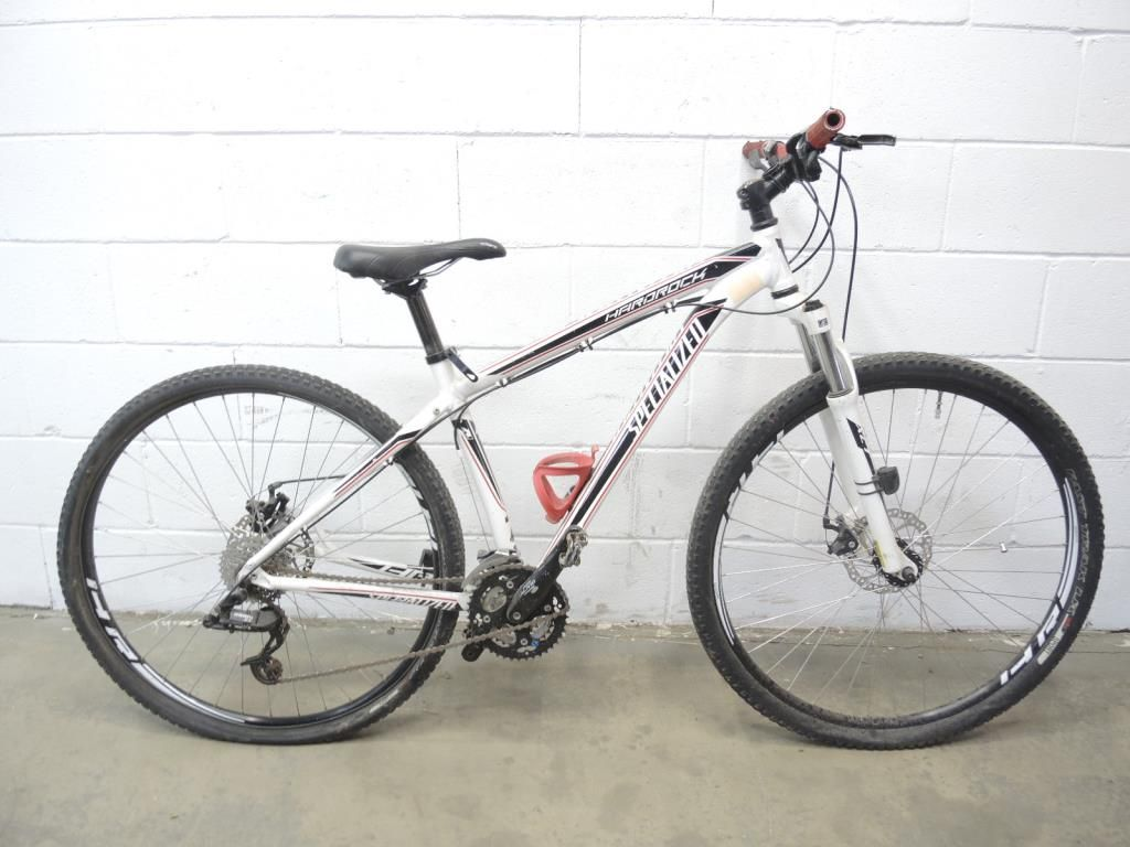 Conquer Those Trails With Specialized Hardrock 29er Mountain Bike