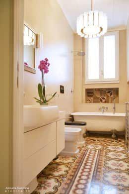 13 間有浴缸的小浴室 Casas