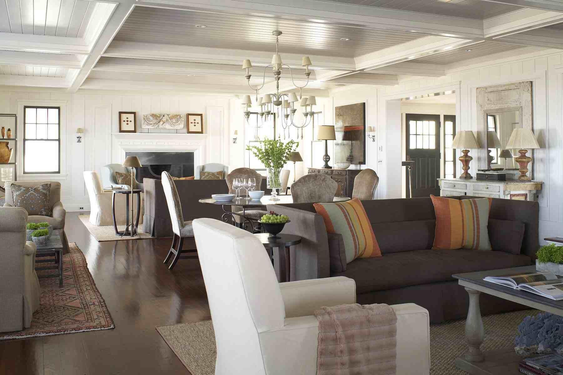 02haslam New England Style Homes
